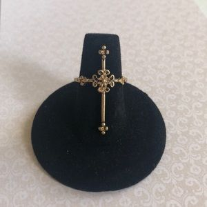 Jewelry - Gold Cross Ring, Size 7